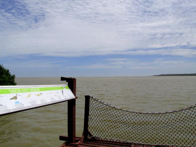 マラッカ海峡を望む