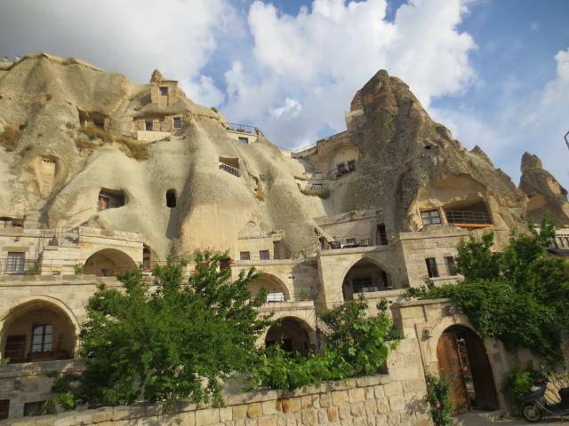 カッパドキアの洞窟ホテル Cappadocia, Turkey 2015/06/08 Photo by Kohyuh